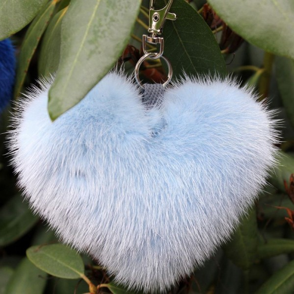 Dreamlike hearts in mink