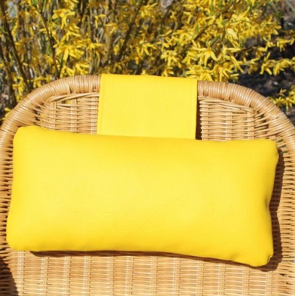 Karawunzlator - THE artificial leather neck pillow